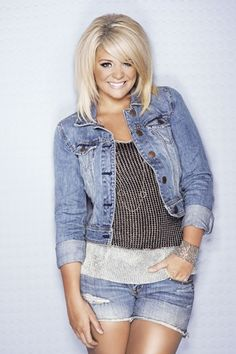FrontRowNews.com | Lauren Alaina Embarks On Journey To Her 18th Birthday - http://frontrownews.com/?p=1299