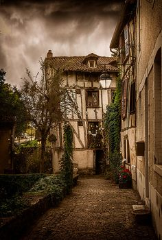 Limoges - Old House
