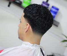 awesome 100 Trendy Fade Haircut For Men - Nice 2017 Looks Take a look at some cool Visit Our Site for more Cool Content for and Best Fade Haircuts, Taper Fade Haircut, Very Short Haircuts, Tapered Haircut, Haircuts For Men, Haircut Men, Faded Hair, Soft Hair, Dark Hair