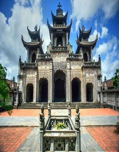 vietnam , capital hanoi ( thang long ) , daila city , north vietnam ,