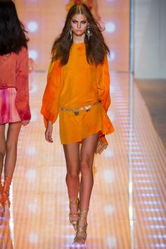 Versace Spring 2013 Ready-to-Wear Collection Slideshow on Style.com
