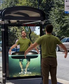 An Interesting Idea: Help the Customer Picture Themselves At Your Destination Literally!  #Advertising #Tourism #ContentMarketing Creative Advertising, Marketing And Advertising, Advertising Campaign, Advertising Ideas, Guerrilla Advertising, Advertising Design, Bus Stop Advertising, Street Marketing, Guerilla Marketing