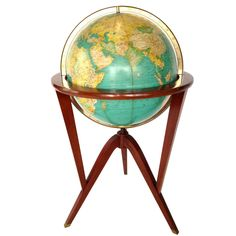 Dunbar Illuminated Floor Globe by Edward Wormley - USA 1950's