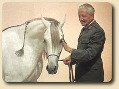 Etruria, daughter of Palas and Etna, right after winning her last Championship in 1982. Etruria is pictured here with her great breeder, Director Andrzej Krzyształowicz of Janow Podlaski Stud in Poland.