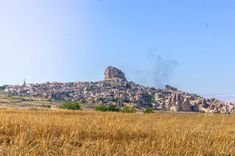 Look out over Uchisar Castle and town in Cappadocia, all built into a rocky hillside. Great Places, Places To See, Beautiful Horses, Beautiful Places, Sunset Point, Visit Turkey, Before Sunrise, Cappadocia, Nature Reserve