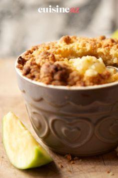 Le crumble aux pommes est une pâtisserie aux fruits express et facile à préparer. #recette#cuisine#crumble#pomme #patisserie Apples