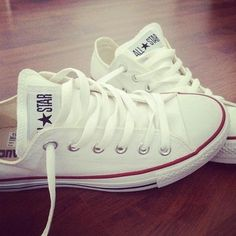 White Converse - This fashion