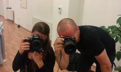 A vőfélyt a vőfélyt fotózó fotóst és videóst fotózza. Ez már beteges?