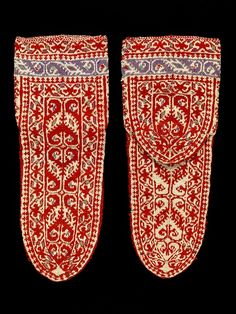 RISD Museum: Unknown artist, Persian, Socks, ca. 1830. Wool; knit. 27.3 cm (10 11/16 inches) (length). Gift of Martin Birnbaum 30.081