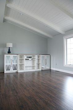 IHeart Organizing: One Room Challenge Week 2 - IHeart Living Room Floor & Trim!