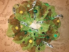 St Patricks Day Wreath >>> This is an Amazon Affiliate link. Check this awesome product by going to the link at the image.