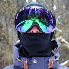 2013 Snowboard Gear - A short guide to what's kept us warm, dry and in touch this season