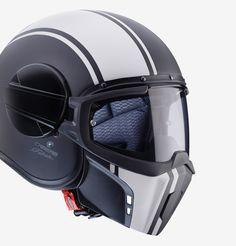 Caberg Ghost helmet characteristics