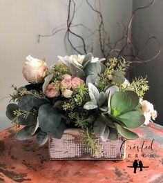 Rosalie Spring Hydrangea Cottage Centerpiece Blush Rose and Cream - Arreglos flores