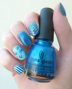 Http://www.emotion-wizard.com #blue #nails #nailart #pois #rayure  #mix #match