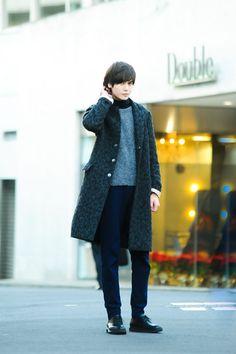 2014年、ファッションプレスでは多くのストリートスナップを掲載してきた。今回はその中から人気のメンズスナップをピックアップ。コーディネイトの仕方やブランドチョイスなど、普段のスタイルを一段と輝かせる...