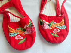 Vintage red embroidered Chinese Slippers Shoes by houuseofwren