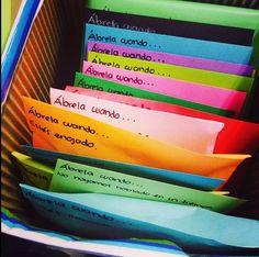 Cartas ábrela cuando: bueno es muy fácil y sencillo en cada sobré pondrás ábrelo…