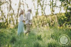 http://dreameyestudio.pl/ #dreameyestudio #couple #love #engagement #grass #bokeh
