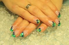 Here are the 9 best green nail art designs that will enhance the beauty of your nails. New Years Nail Designs, Latest Nail Designs, Toe Nail Designs, Nails Design, Green Nail Art, Green Nails, New Year's Nails, Hair And Nails, Cute Nails
