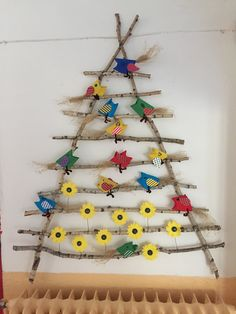 Jarní dekorace Classroom Decor, Little Ones, Dyi, Dream Catcher, Things To Do, Decoration, Spring, Kids, Home Decor