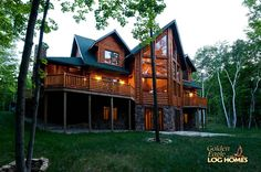 Log Cabin Homes from Golden Eagle Log and Timber Homes: Photo Gallery Log Cabin Exterior, Rustic Houses Exterior, Modern Farmhouse Exterior, Log Cabin Homes, Dream House Exterior, Log Cabins, Mountain Cabins, Rustic Farmhouse, Stone Cabin