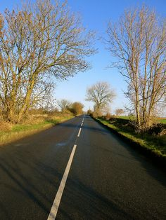 A country road in England by 1CheekyChimp, via Flickr