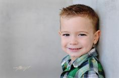 love the style of @Amy Craft's photos. Here she shows you some fresh alternatives to preschool head shots