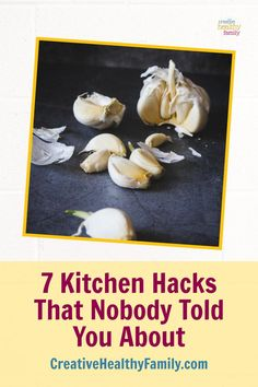 These 7 Secret Kitchen Hacks That Nobody Told You About are awesome! Learn new tricks like how to peel ginger, garlic or keep your wine cool. How To Peel Ginger, My Recipes, Real Food Recipes, Frozen Grapes, Mom Hacks, New Tricks, Kitchen Hacks, Health And Nutrition, Cool Kitchens