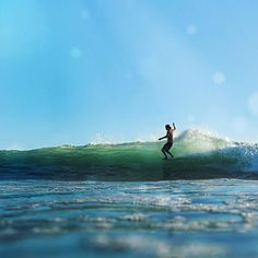 Late afternoon levitation with tribesman Caelan Burford. San Onofre, CA. Photo by Shawn Parkin. #surfandstone #hippytreetribe #surfing