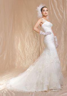Mod. AGNES  Cherie Sposa 2012 in esclusiva per Amelia Casablanca