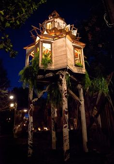 One of the coolest treehouses ever!