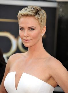 Short Hairstyles for Women Over 40 Oval Face | Short Hair Styles to Flatter All Faces | Fox News Magazine