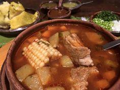 El Tradicional Churipo para comer en Restaurante Doña Paca en #Pátzcuaro!  #GastronomíaMX #Michoacán