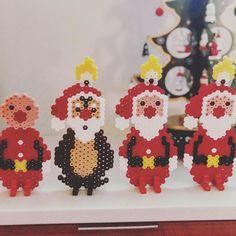 Noget af det hyggeligste ved julen er at være sammen med børnene om noget kreativt julepynt ✨❤️ og på deres præmisser! Alt skal ikke være… Disney Christmas, Christmas Time, Christmas Crafts, Pearler Bead Patterns, Perler Patterns, Cute Crafts, Diy And Crafts, Christmas Perler Beads, Pearl Beads Pattern
