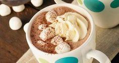 Preparar un chocolate caliente especial con Crema de Leche Alquería es fácil y delicioso. Apréndelo con esta receta.