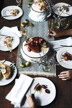 Shop the Glenna Dinner Plate and more Anthropologie at Anthropologie today. Read customer reviews, discover product details and more.