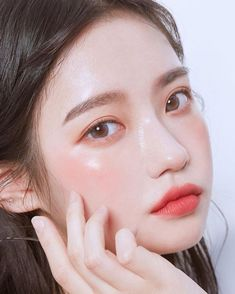 makeup ulzzang & makeup u Korean Natural Makeup, Korean Makeup Look, Korean Makeup Tips, Asian Eye Makeup, Korean Makeup Tutorials, Ulzzang Makeup Tutorial, Eyeshadow Tutorials, Eyeliner Tutorial, Eye Tutorial