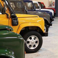 تمام رنگ های پاژن موجود...! The 1390 model year colour palette! Green yellow…