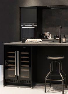 Black is back trend - Hello Kitchen Bathroom Layout, Bathroom Interior, Kitchen Interior, Kitchen Decor, Küchen Design, House Design, Coin Bar, Kitchen Rules, Home Modern