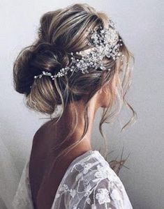 Wedding Hairstyles Romantic Inspiration For Your Special Day In 2020 Bridal Headband Hair Bridal Hair Clip Wedding Hair Clips