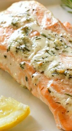 Frugal Food Items - How To Prepare Dinner And Luxuriate In Delightful Meals Without Having Shelling Out A Fortune Rosemary Ranch Salmon - The Girl Who Ate Everything Salmon And Shrimp, Butter Salmon, Fish And Seafood, Fish Recipes, Seafood Recipes, Cooking Recipes, Healthy Recipes, Bread Recipes, Salmon Dishes