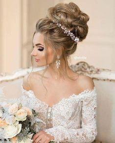 By @elstile #casamento #noiva #wedding #bride #weddingdress #noivas #love #weddinginspiration #noivado #weddingday #dress #casar #bridal #amor #casamentos #instawedding #vestido #noivo #noivasdobrasil #inspiração #noivos #marriage #bridetobe #fotografiadecasamento #festadecasamento #inesquecivelcasamento #voucasar #dicasparanoivas #vestidos #fashion http://www.butimag.com//post/1485113561268099072_4057685894/?code=BScLupegBgA