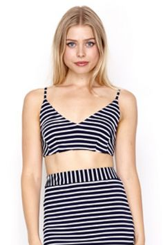 Baseline Navy & Ivory Price: € 25.00  Join the nautical trend in this WYLDR navy & ivory striped crop top.