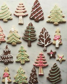 """Cookies for Santa and a happy Christmas Eve to all of you!"" ""Cookies for Santa and a happy Christmas Eve to all of you! Christmas Tree Cookies, Iced Cookies, Christmas Sweets, Noel Christmas, Christmas Goodies, Holiday Cookies, Holiday Treats, Gingerbread Cookies, Snowflake Cookies"