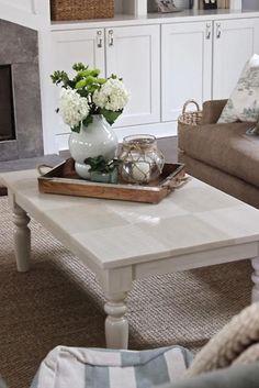 Ideas of Coffee Table Decor for Trendy Interior ★ See more: http://glaminati.com/coffee-table-decor/