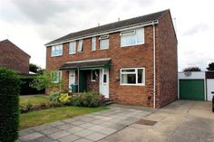Hillyards are pleased to bring to the market this very well presented three bedroom semi detached house located on the popular Haydon Hill area of Aylesbury. The property is being offered with no upper chain and would make an ideal family home.