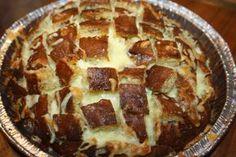 Ruokasurffausta: Herkuttelijan nyhtöleipä - juustoa, valkosipulia ja voita!