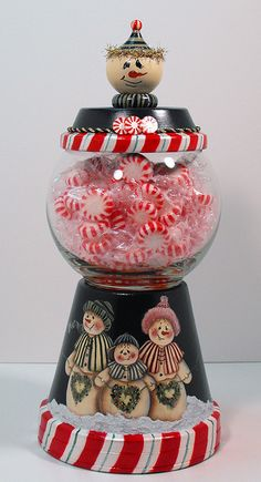 Snowman Candy Machine - different paint scheme but cute idea for the kids to do for presents!