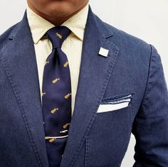 Cool summer style in yellows and blues. Tie Styles, Braid Styles, Men's Pocket Squares, Big Men Fashion, Mens Suits, Style Inspiration, Blues, Navy, Summer
